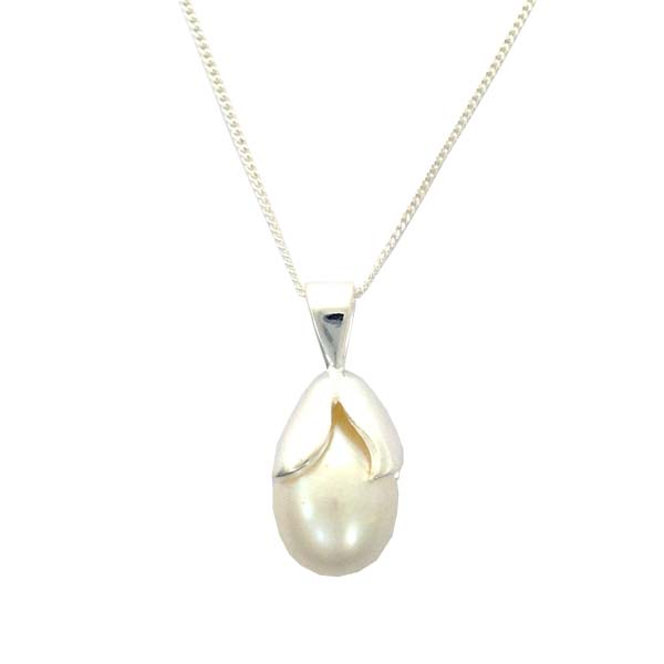 Sterling Silver and Pearl drop pendant